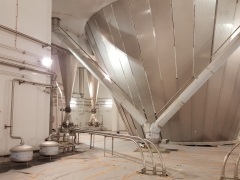 Drying hopper for dairy processing
