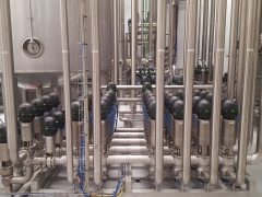 Valve manifold in a juice process & packaging plant