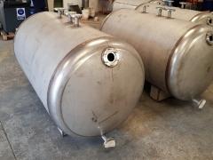 Préparation en atelier de cuves en acier inox